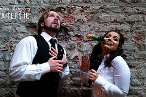 Diva Singing Waiters drinks reception music